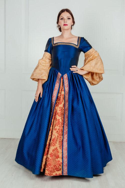 платья в средневековом стиле