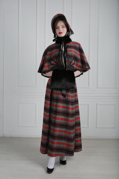 Дорожный женский костюм 19 века