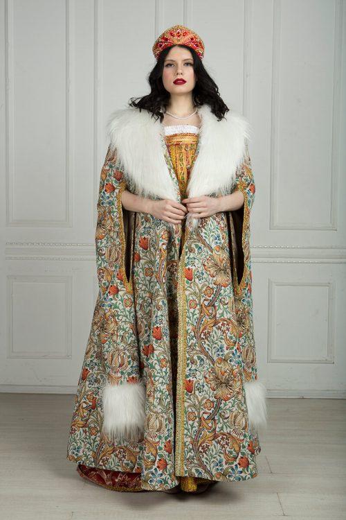 Женская боярская шуба