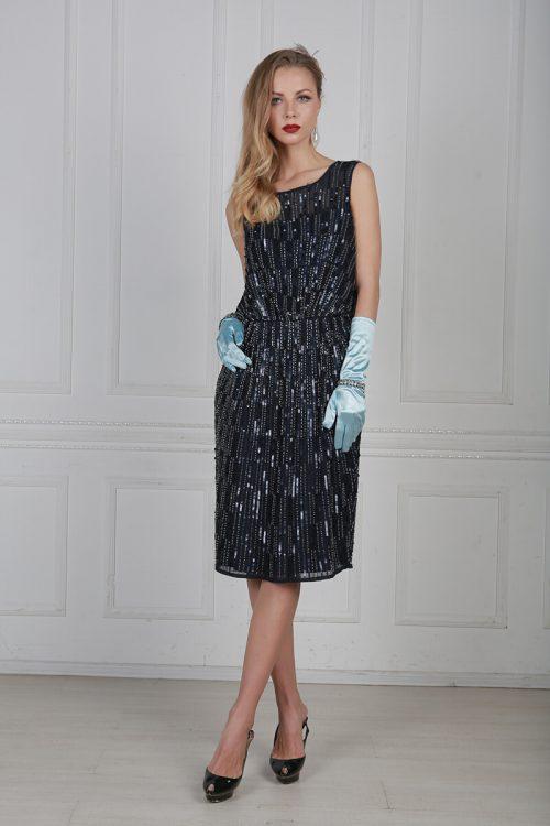 Синее платье с бисером