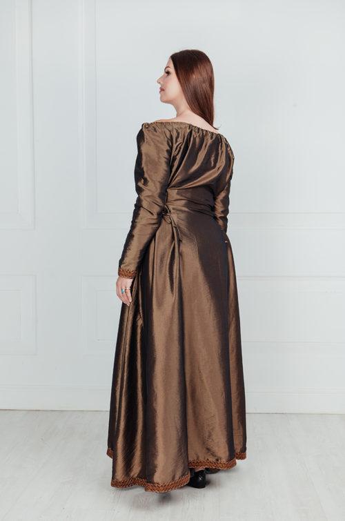 Женский костюм раннего средневековья