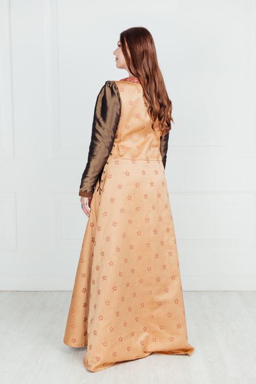 Средневековое длинное платье аренда