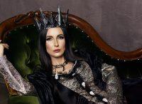 Фотосессия черная королева