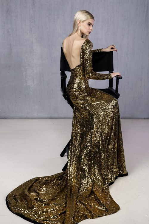 Золотое платье с откртой спиной прокат