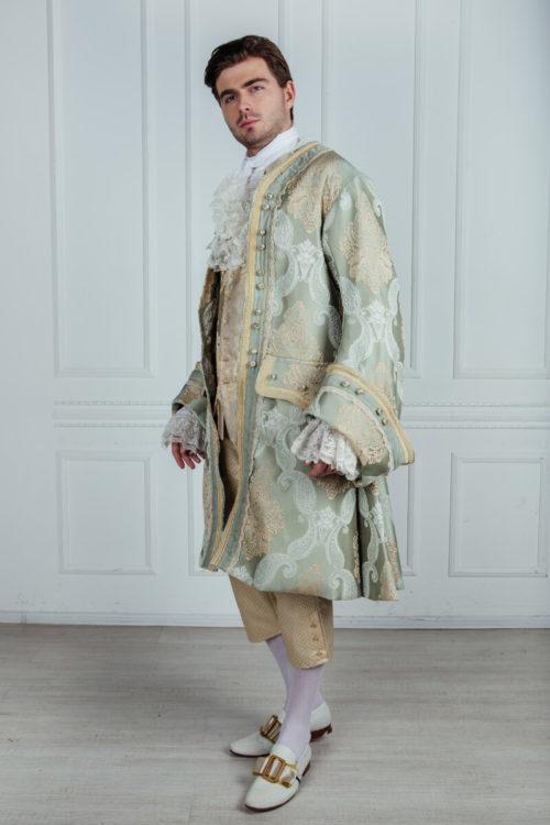 Рококо мужской костюм