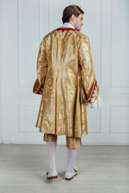 Камзол 18 век золотой