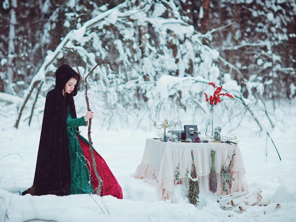 Зимняя сказочная фотосессия в лесу