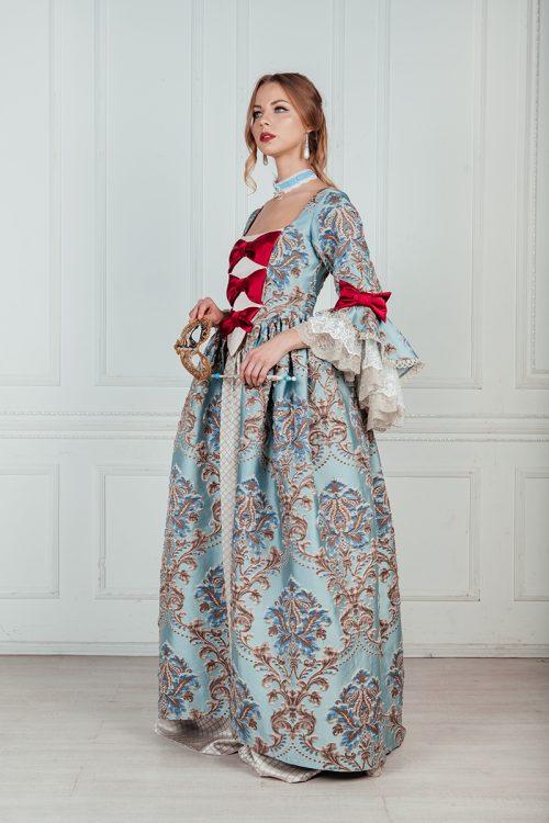 Прокат платьев 18 века в Москве