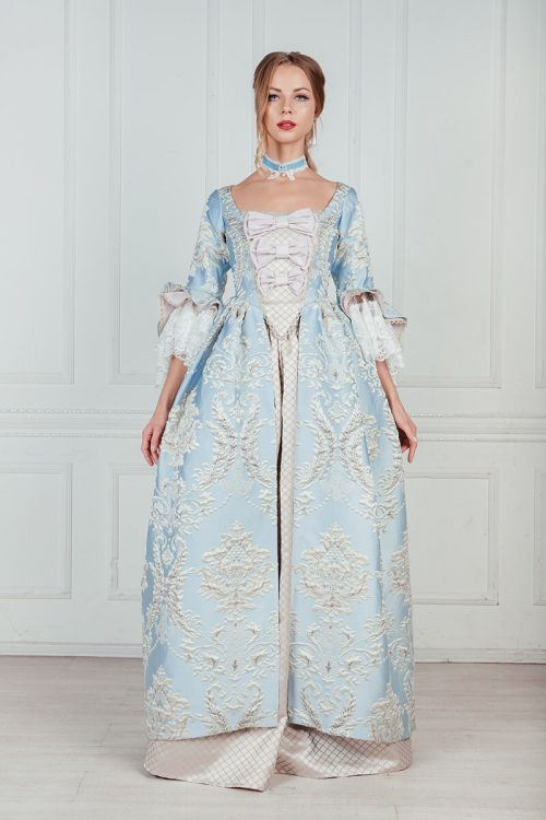 Платья дам 18 века дорогое