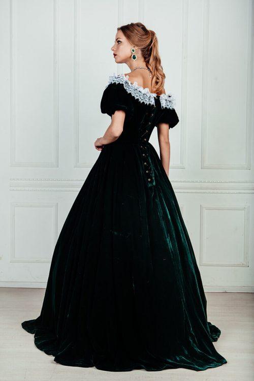 Зеленое бархатное платье 19 века