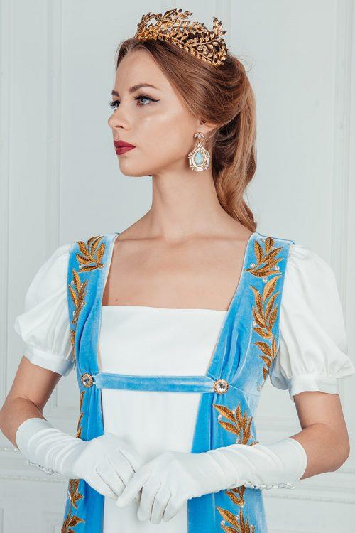 Платье Ампир с голубым шлейфом