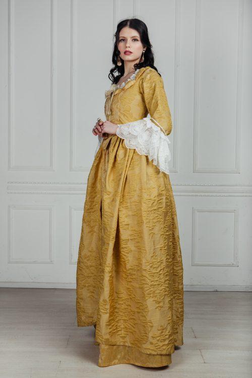 платья женщин 18 века прокат