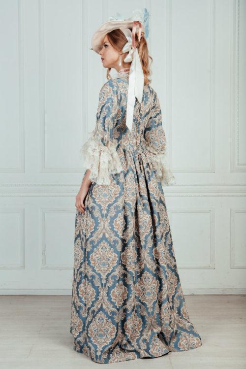 платья в стиле 18 века аренда