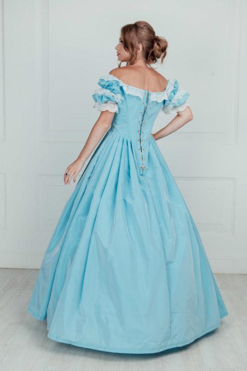 Бальное платье 19 века голубое