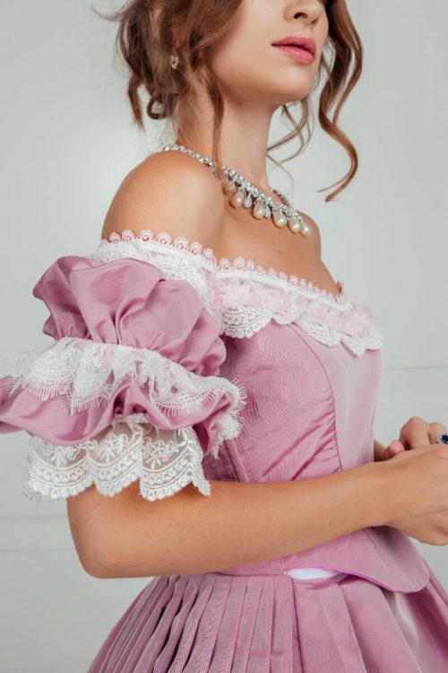 Бальное платье 19 века лиловое