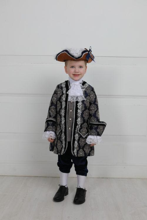 Детский костюм 18 века