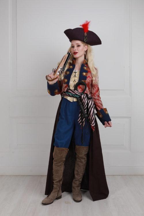 Капитанша пиратов