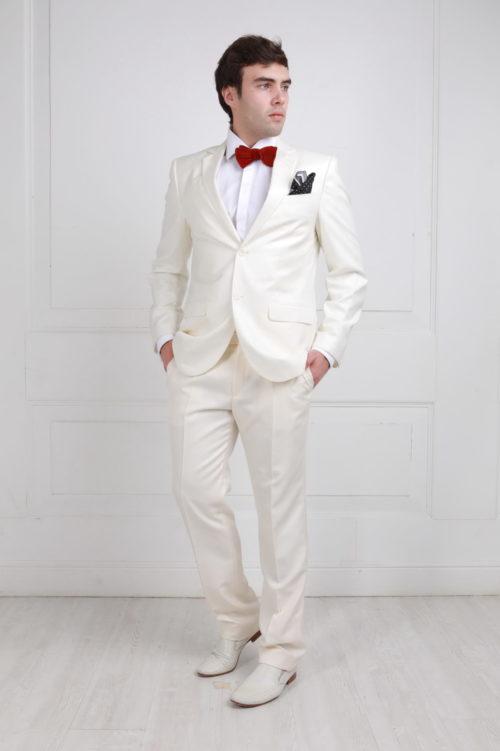 Белый костюм в чтиле Чикаго