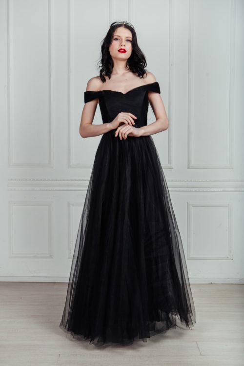 Черное платье из фатина в пол аренда