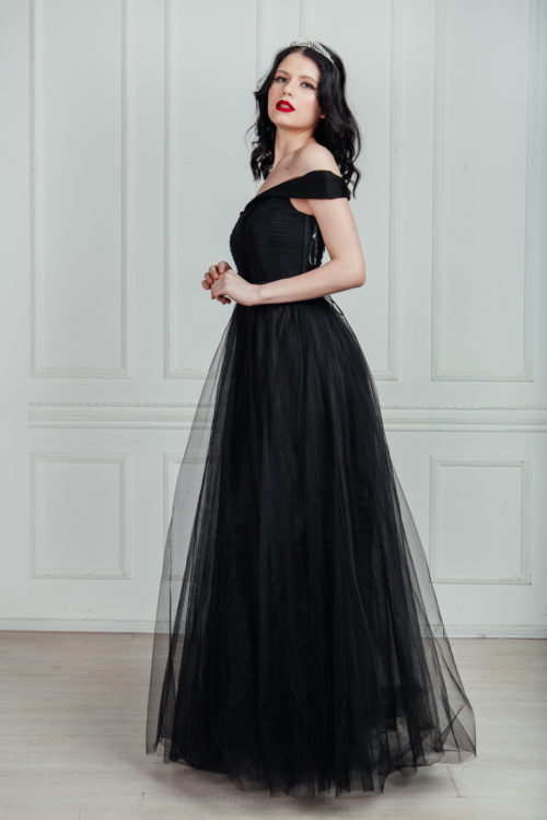 чёрное платье их фатина на выпускной в аренду