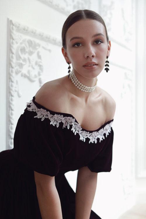 темное платье 19 века